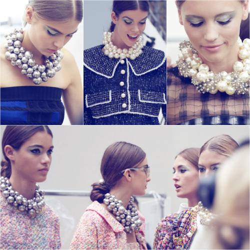 chanel-pearl-drop-necklace