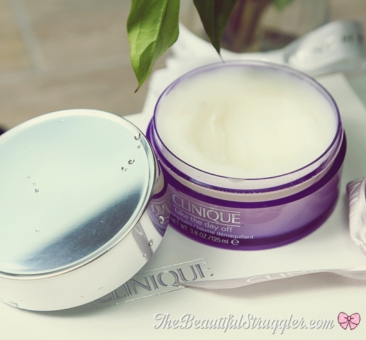 clinique-take-the-day-off-cleansing-balm-detail