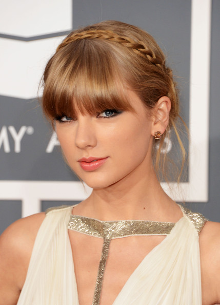 Taylor+Swift+Updos+Braided+Updo+qeqrvNVcMLgl
