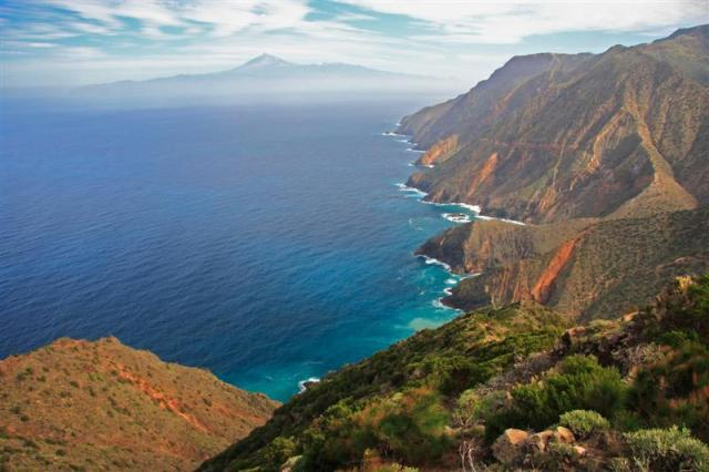 Tenerife-tourist-figures-hit-a-high-in-February