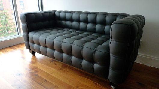 640px-Kubus_sofa