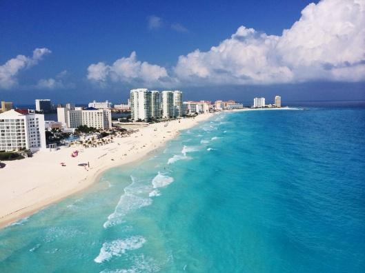 Cancunplaya.jpg