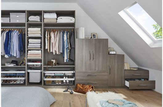 bedrooms_darwin_greyoak_handles